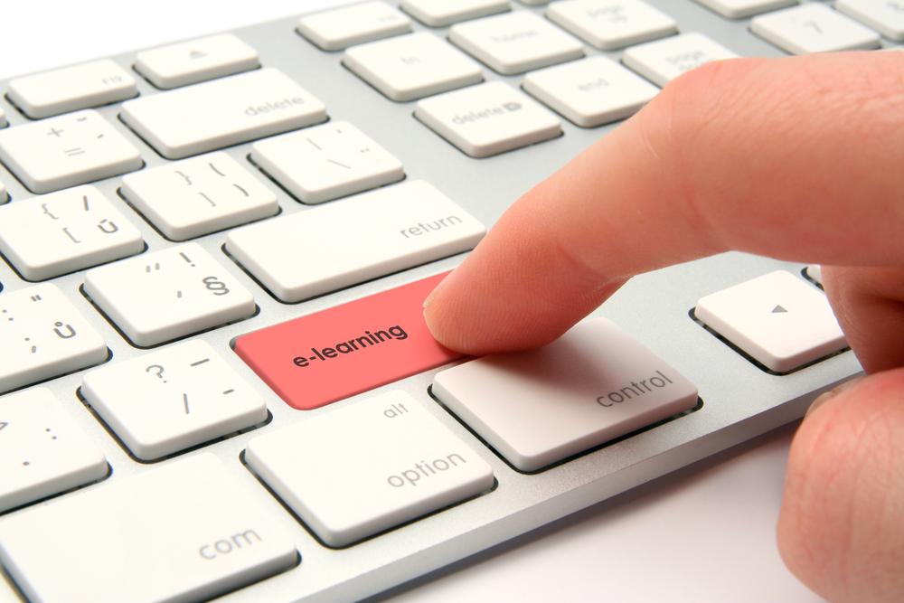 Selon un sondage, la France est en retard sur les cours en ligne