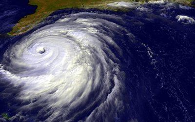 Cyclone ou ouragan, d'où viennent leurs noms ?